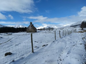 Walking out towards Carn Dearg
